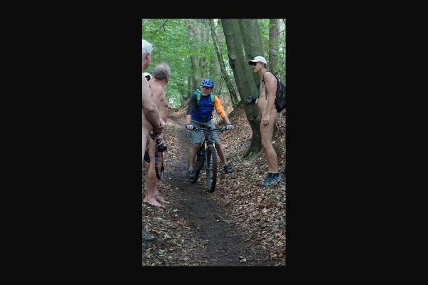 190821-00-mountainbiker-im-teuto2D504718-C2A5-F76E-D0B1-E08F8EE78870.jpg